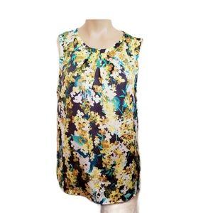 NOWT Nine West floral   Round -Neck shirt size M